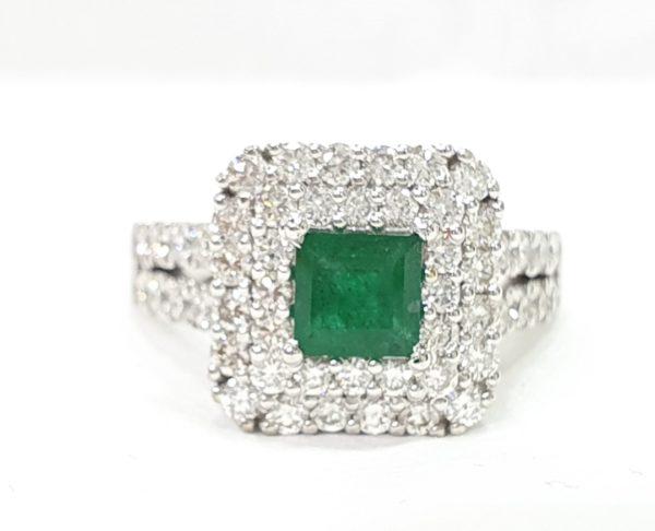 Natural Emerald Stone Diamonds Ring