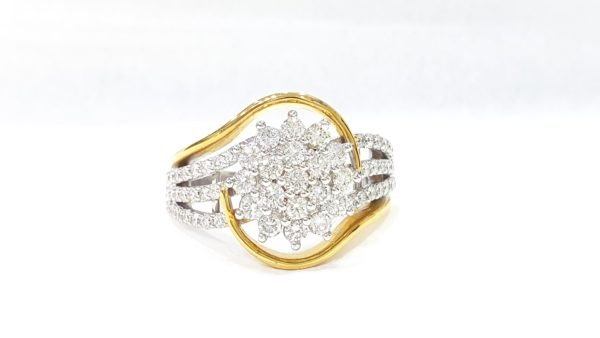 Diamonds Cluster Ring In Two-Tone