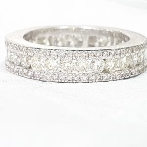 Round Diamond Wedding Band Ring for Women