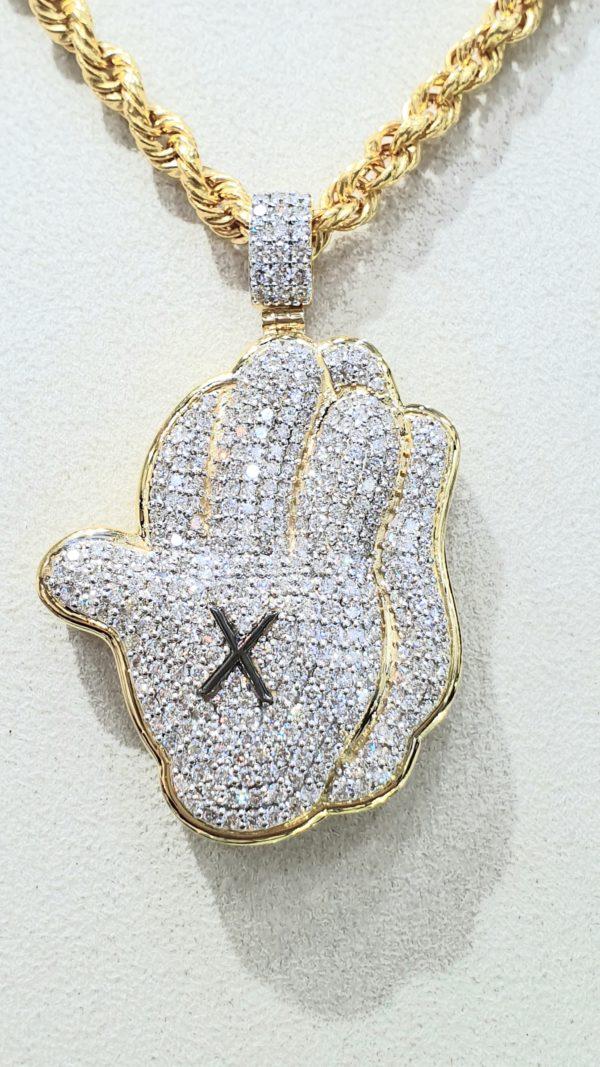 Praying Hands Diamond Pendant 18 kt & Rope Chain