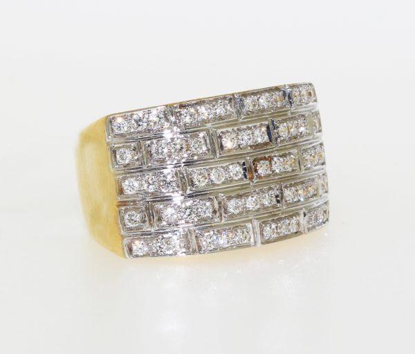 Pinky Ring With Diamonds
